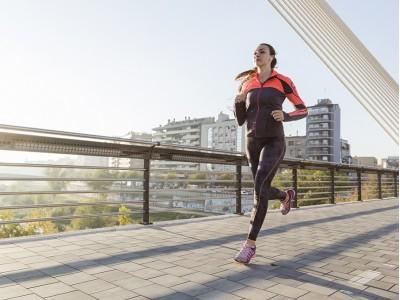 3 полезных средства для спортивной одежды и обуви